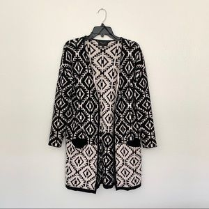 Romeo + Juliet Couture Black and Tan Cardigan